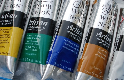 Look out for 'Water Mixable' on the label of water-based oil paints