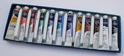 Watercolour paints come in tubes or blocks